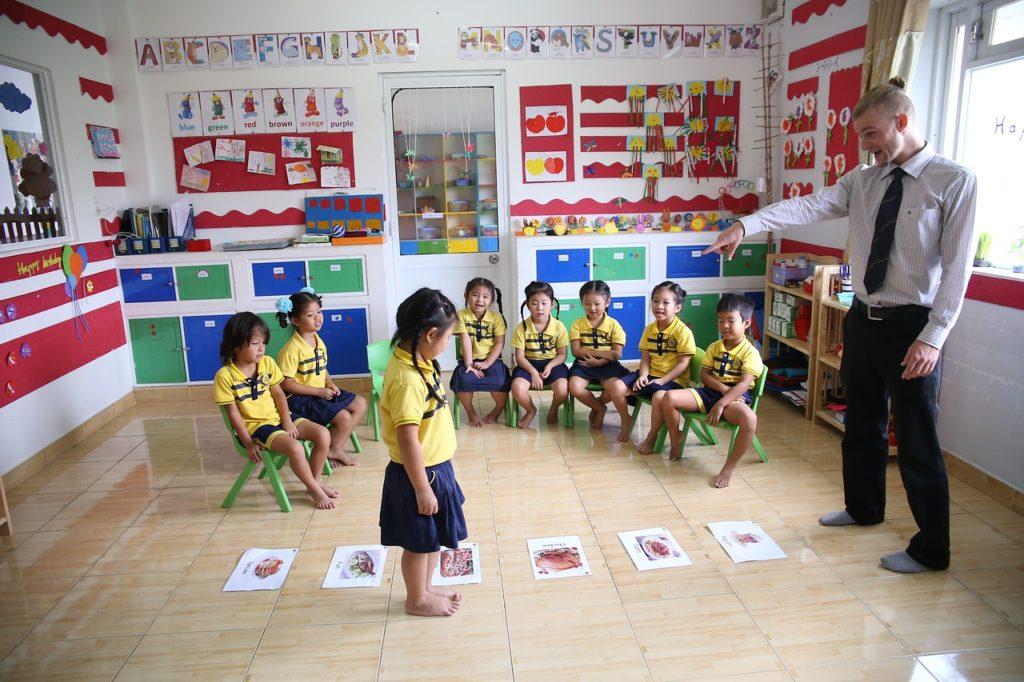 Çocuklar İçin İngilizcenin En Eğlenceli Yolu